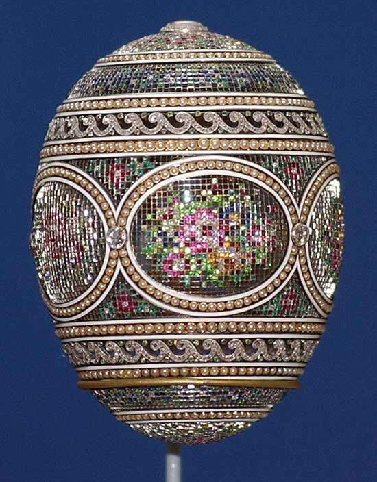 13-peter-carl-faberge-egg-300512