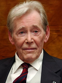 Peter O'Toole announced his retirement from acting at age 80