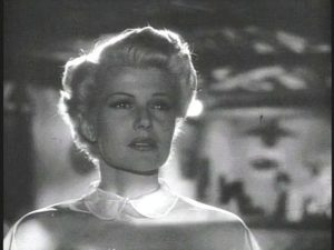 440px-lady_from_shanghai_trailer_rita_hayworth6 (Wiki)